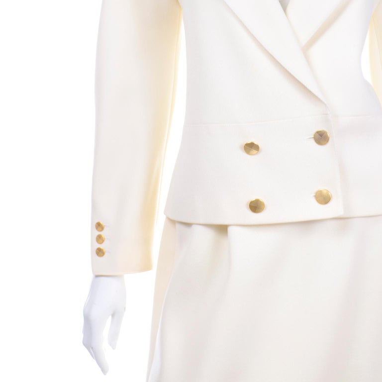 Vintage Louis Feraud Cream Jacket and Skirt Suit 1980s For Sale 4