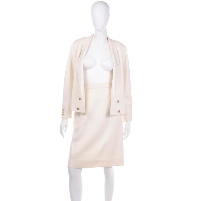 Vintage Louis Feraud Cream Jacket and Skirt Suit 1980s For Sale 5