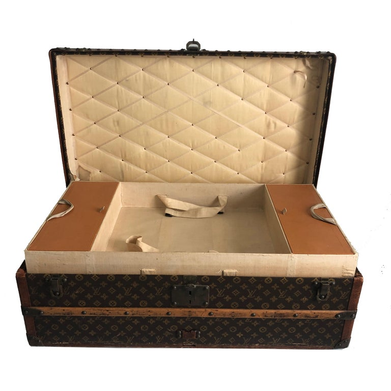 Vintage Louis Vuitton Cabin Trunk with Insert Monogram Canvas 1960s Saks 5th Ave For Sale 3