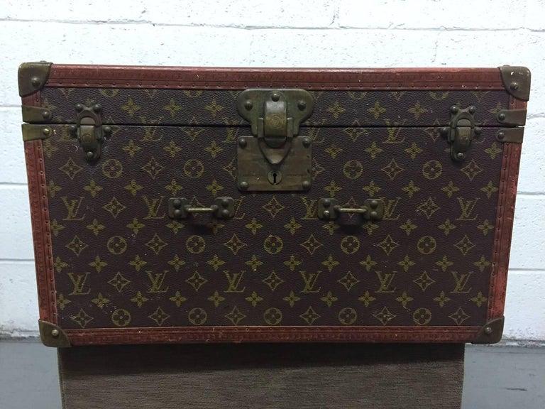 Mid-Century Modern Vintage Louis Vuitton Hat Box For Sale