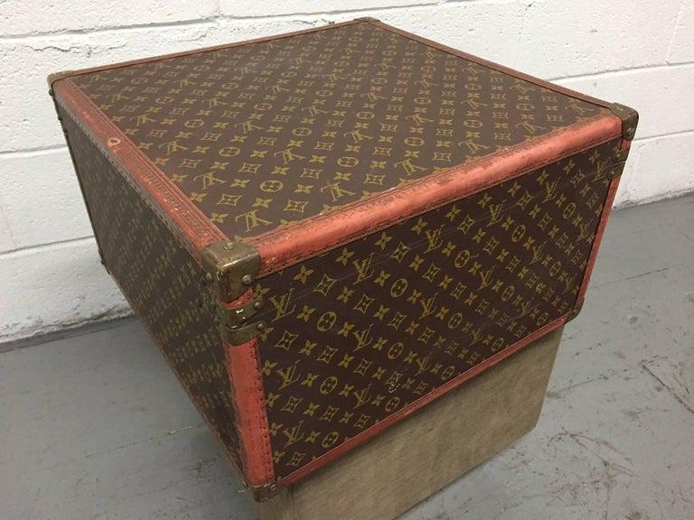 Leather Vintage Louis Vuitton Hat Box For Sale