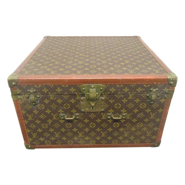 Vintage Louis Vuitton Hat Box For Sale