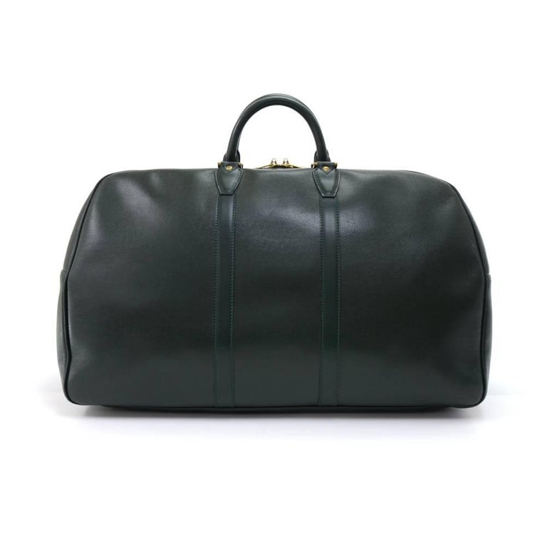 Vintage Louis Vuitton Kendall GM in dark green taiga leather travel Bag. It  is a d3b5abab77f0e