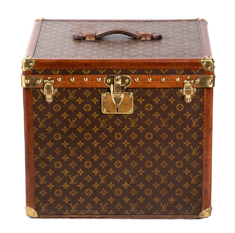 Vintage Louis Vuitton Trolley Hatbox, 1920s For Sale 4