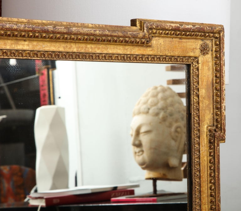 Vintage Louis XVI Style Giltwood Mirror In Good Condition For Sale In New York, NY