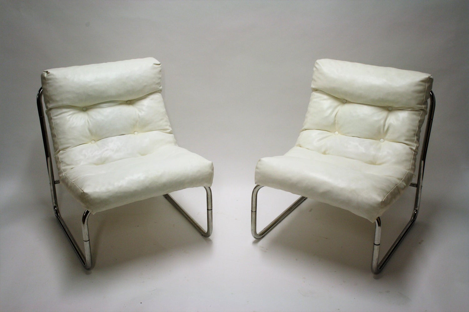 Vintage Lounge Chairs by Gillis