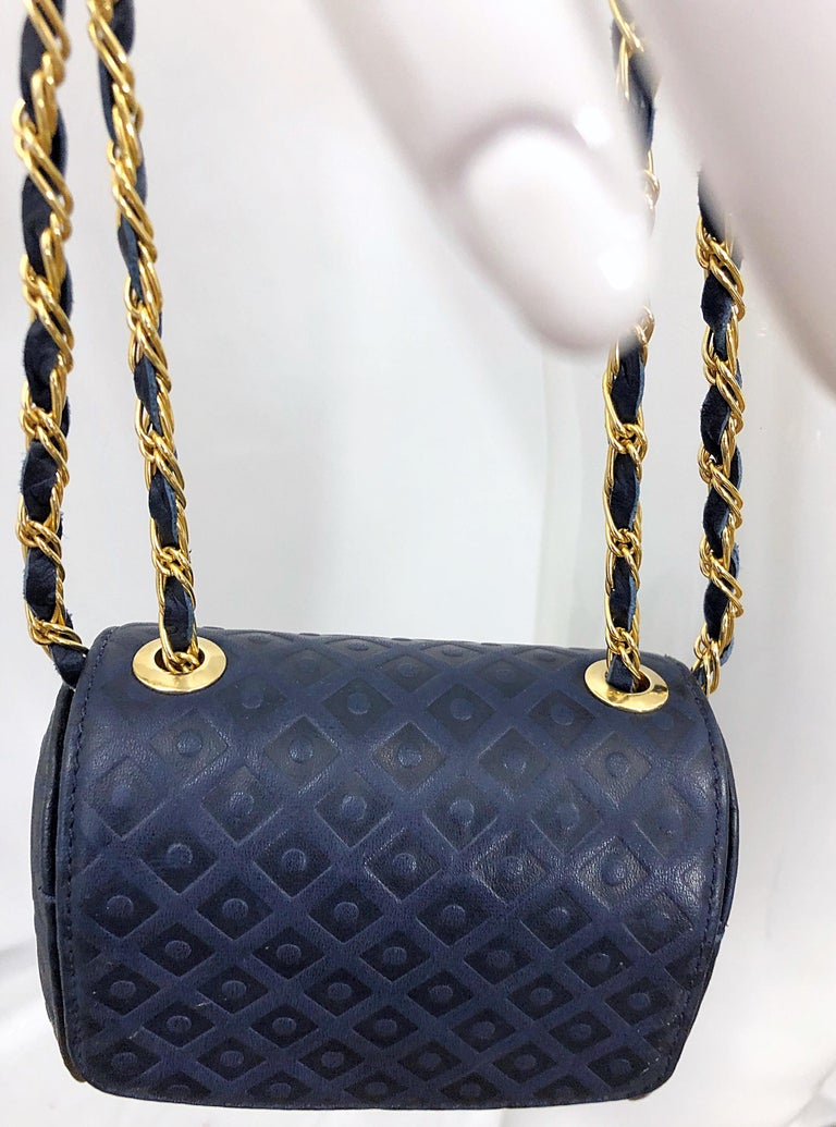 Women's Vintage Luc Benoit Navy Blue Leather Small Embossed Crossbody Hand Bag Purse For Sale