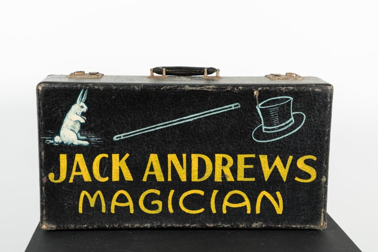 Vintage Magician Magic Suitcase Hand Painted Folk Art In Good Condition For Sale In Santa Monica, CA