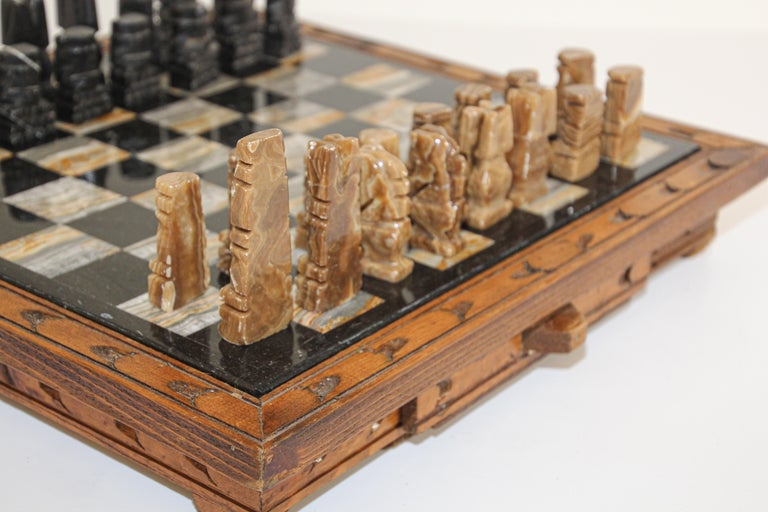 Mid-Century Modern Vintage Marble Chess Board with Hand Carved Black and White Onyx Chess Pieces
