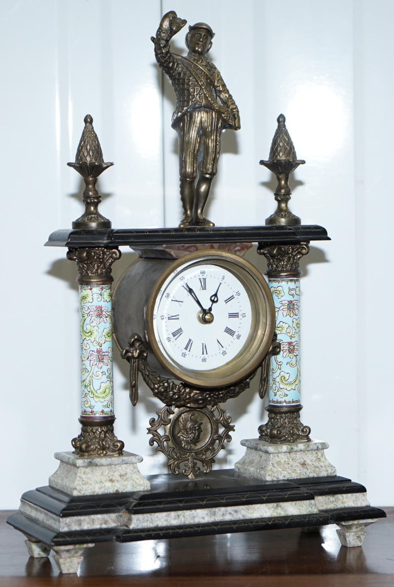 We are delighted to offer for sale this nice vintage marble Corinthian pillared mantle clock with bronzed figures and ormolu mounts