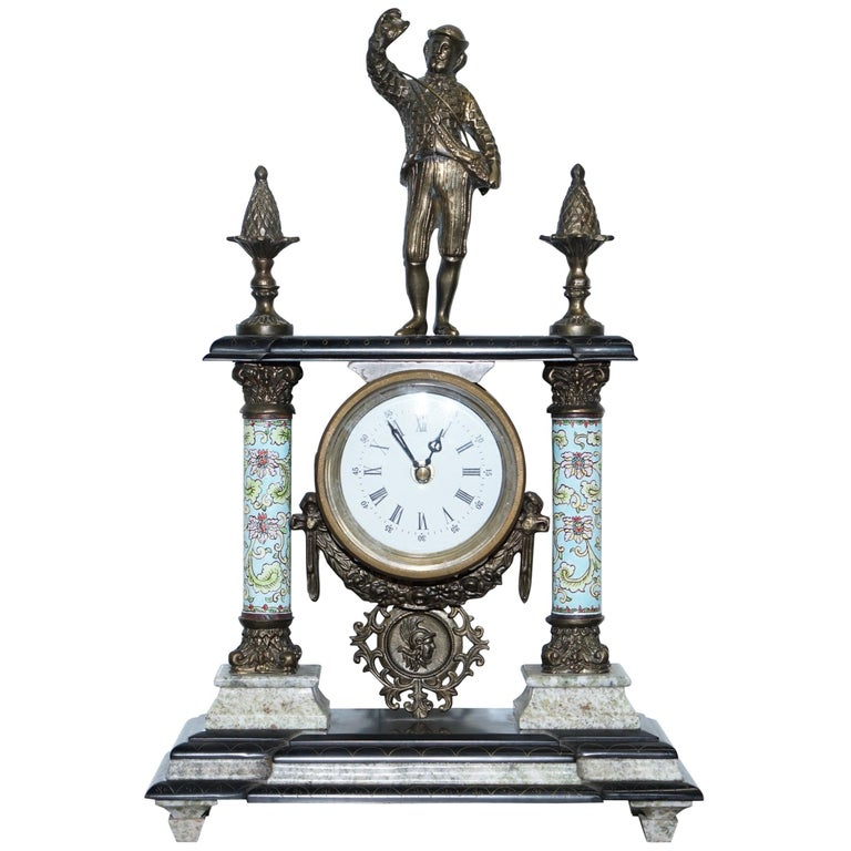 Vintage Marble Corinthian Pillar Mantle Clock with Bronzed Figures Ormolu Mounts For Sale