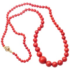Vintage Mario Buccellati Graduated Red Coral Bead Yellow Gold Necklace