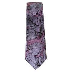 Vintage Mario Ferrari 100% silk tie decorated with lilac flowers