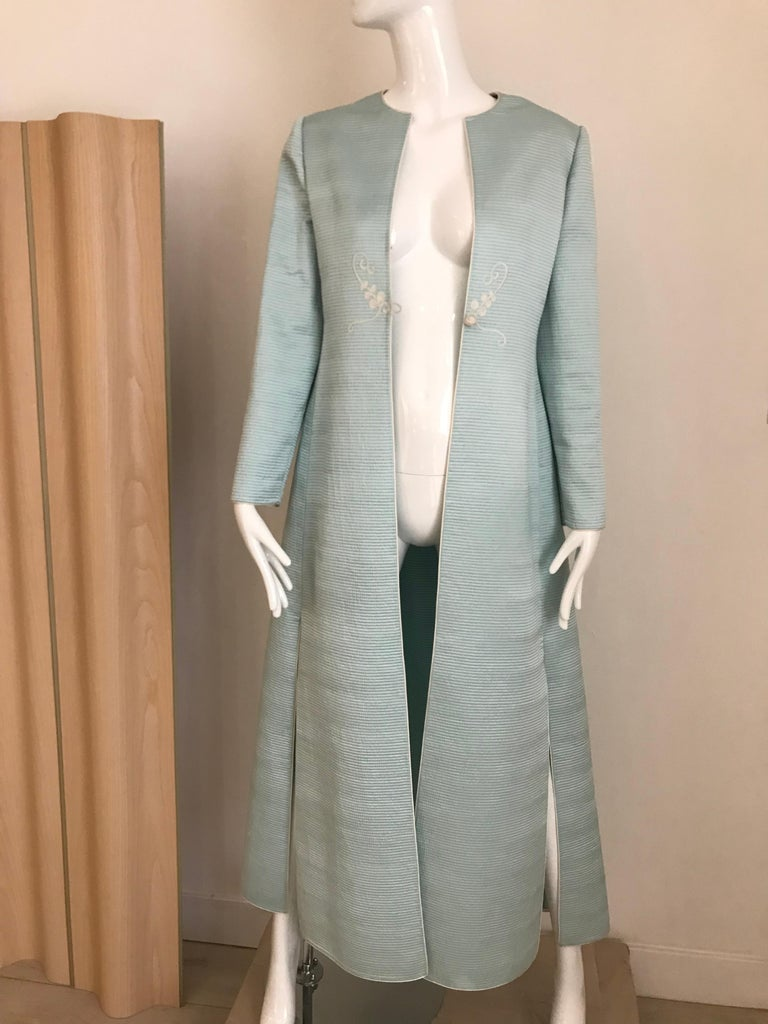 Vintage Mary McFadden Couture Light Blue Silk Coat In Excellent Condition For Sale In Beverly Hills, CA