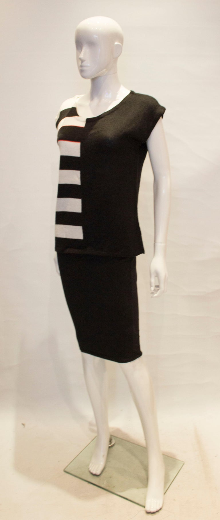Vintage Mary Quant Black and White Knitted Top In Good Condition For Sale In London, GB