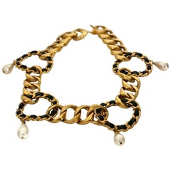 Vintage Massive CHANEL Chain Leather Ring Pearl Charm Belt