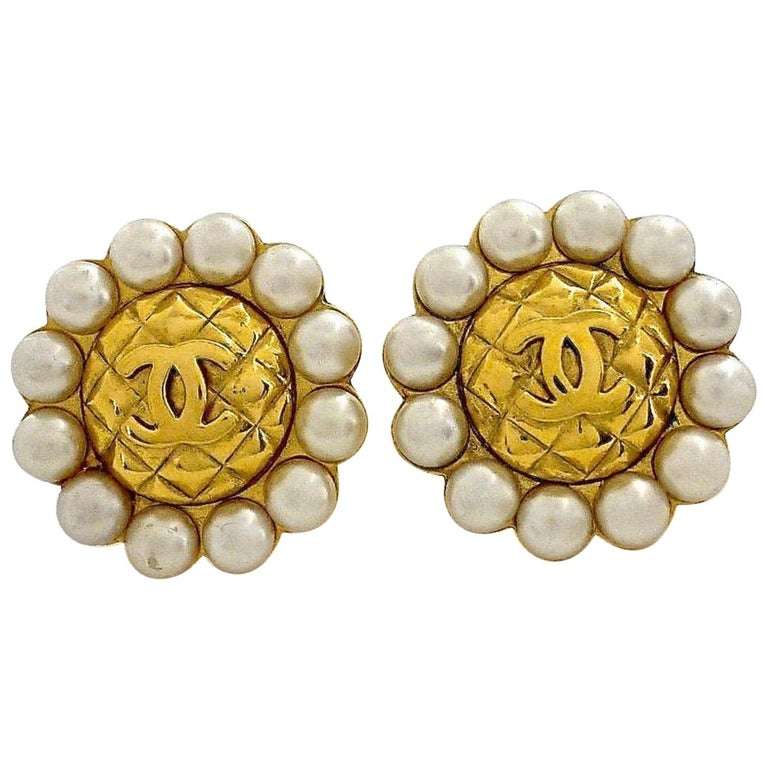 Vintage Massive CHANEL Quilted CC Logo Pearl Earrings For Sale