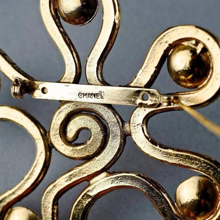 Vintage Massive CHANEL Spiral Flower Pearl Brooch For Sale 5