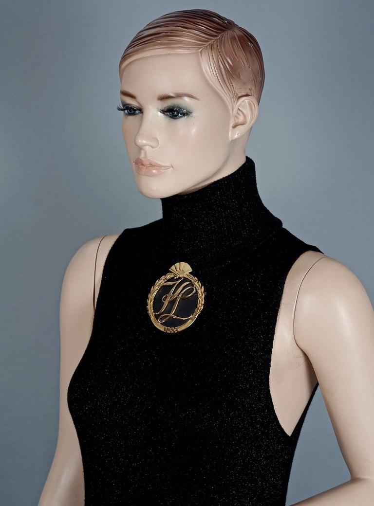 Women's or Men's Vintage Massive Iconic KARL LAGERFELD KL Logo Fan Medallion Brooch For Sale