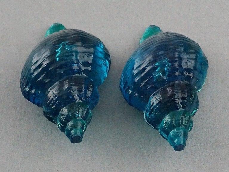 Vintage Massive ROCHAS PARIS Sea Shell Lucite Earrings For Sale 2