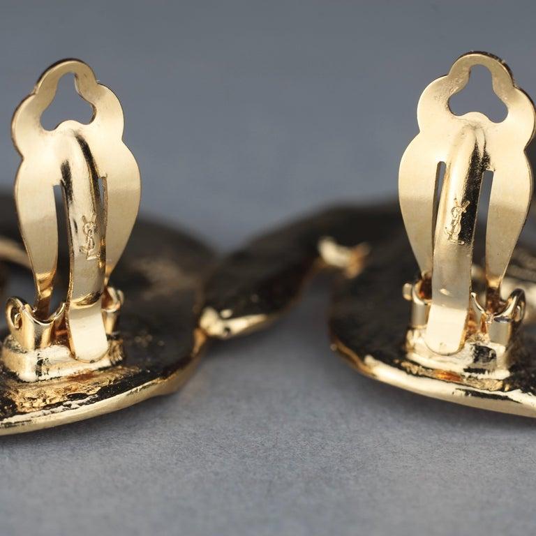 Vintage Massive YVES SAINT LAURENT Ysl Asymmetric Wrinkled Spiral Earrings For Sale 6