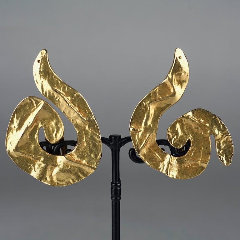 Vintage Massive YVES SAINT LAURENT Ysl Asymmetric Wrinkled Spiral Earrings For Sale 1