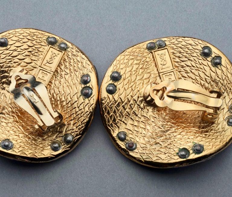Vintage Massive YVES SAINT LAURENT Ysl Flower Ridged Disc Two Tone Earrings For Sale 7