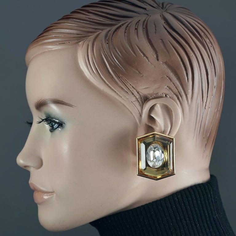 Vintage Massive YVES SAINT LAURENT Ysl Lucite Rhinestone Hexagon Earrings In Good Condition For Sale In Kingersheim, Alsace