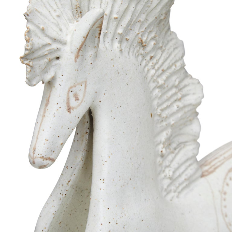 Large matt glazed ceramic horse by the celebrated ceramicist Bruno Gambone. This particular subject matter is an unusual one for this artist. Italy circa 1970s. Bruno Gambone is an Italian ceramist and the son of Guido Gambone, one of the most