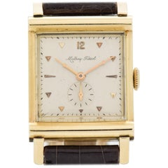 Vintage Matthey-Tissot Square-Shaped 14 Karat Yellow Gold Watch, 1940s