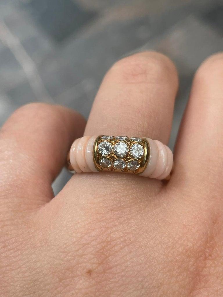 Round Cut Vintage Mauboussin Angel Skin Coral 18 Karat Yellow Gold Diamond Ring For Sale