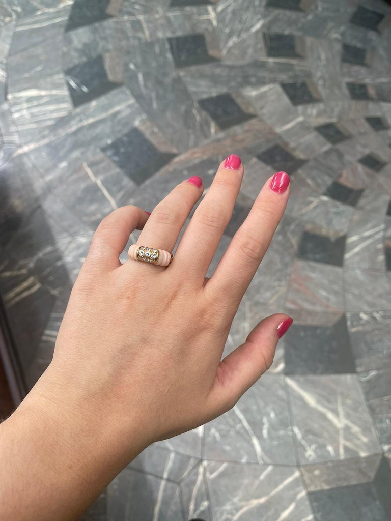 Vintage Mauboussin Angel Skin Coral 18 Karat Yellow Gold Diamond Ring For Sale 1
