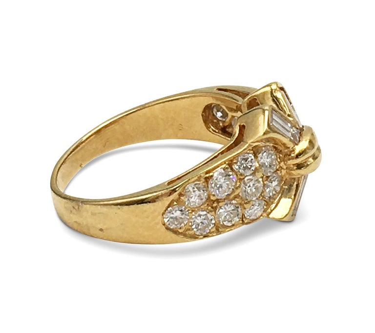 Vintage Mauboussin Gold Diamond Ring In Excellent Condition For Sale In New York, NY