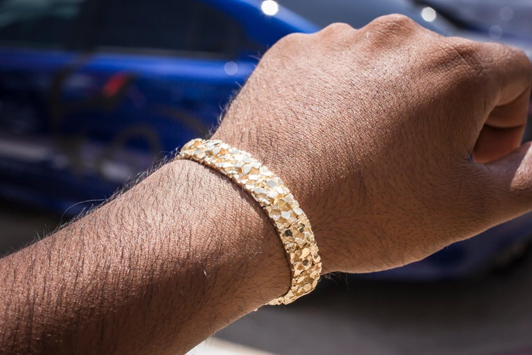 Women's or Men's Vintage Men's 14 Karat Yellow Gold Nugget Bracelet For Sale