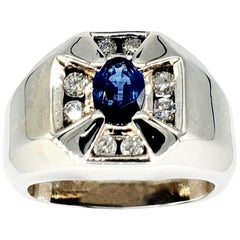 Vintage Men's 1.60 Carat Blue Sapphire and Diamonds 14 Karat White Gold Ring