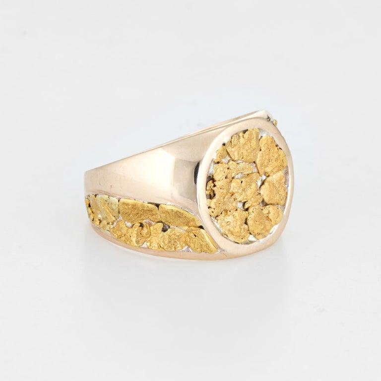 Vintage Men's Gold Nugget Ring Round Signet 10 Karat Estate Fine Jewelry In Good Condition For Sale In Torrance, CA