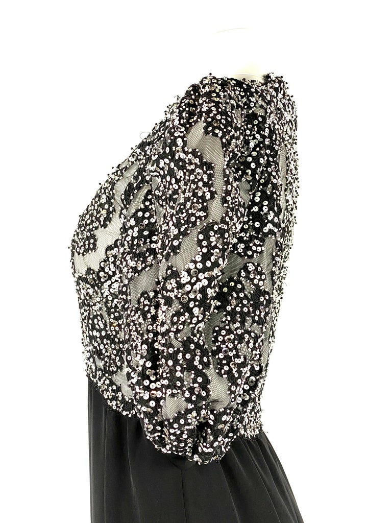 Vintage MICHAEL NOVARESE Black and White Sequin Silk Evening Dress Size Small For Sale 2