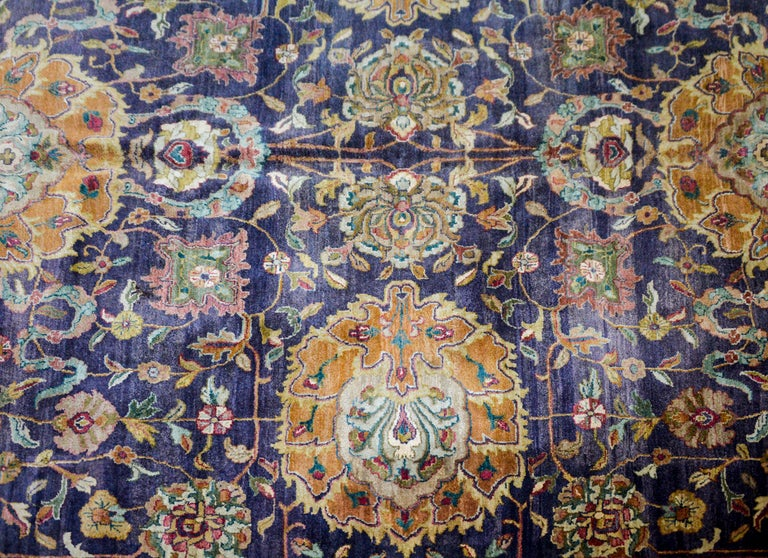 Vegetable Dyed Vintage Mid-20th Century Sultanabad Rug For Sale