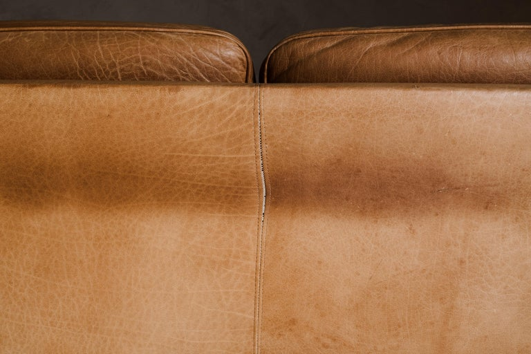 Vintage Midcentury Leather Sofa from Denmark, circa 1970 For Sale 1