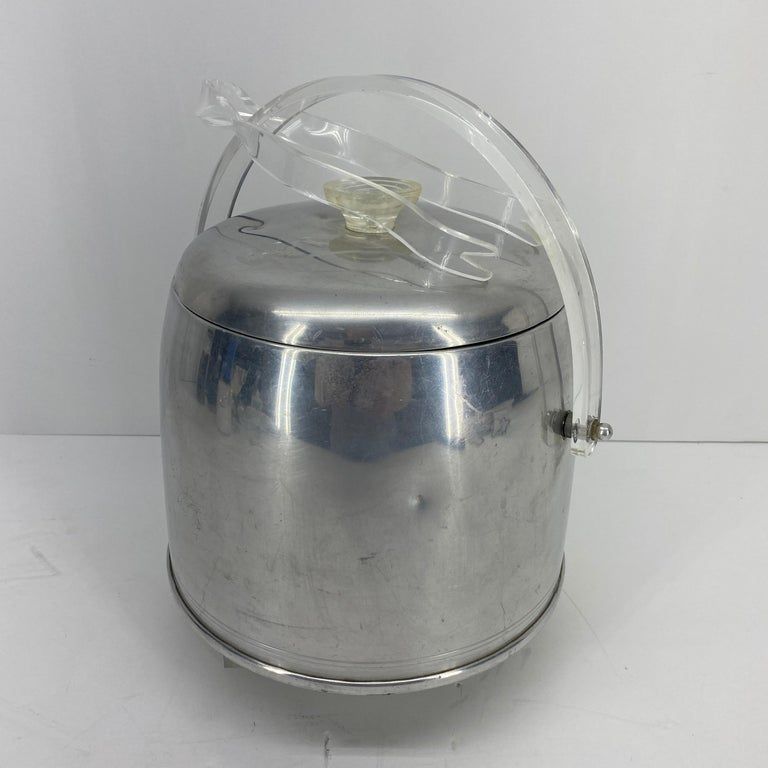 Vintage Mid-Century Modern Aluminum and Lucite Ice Bucket and Tongs For Sale 1