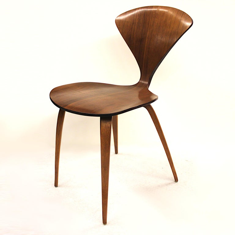 Vintage Mid-Century Modern Arm-Less Pretzel Chair By