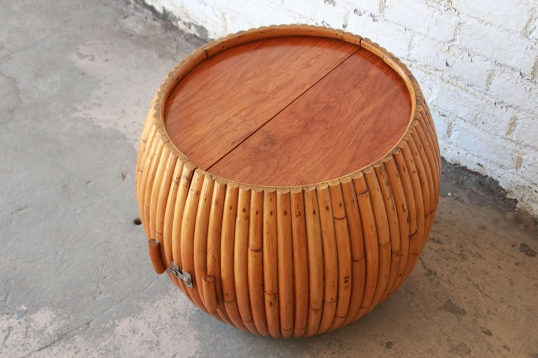 Vintage Mid-Century Modern Bamboo Dry Bar End Table For Sale 4