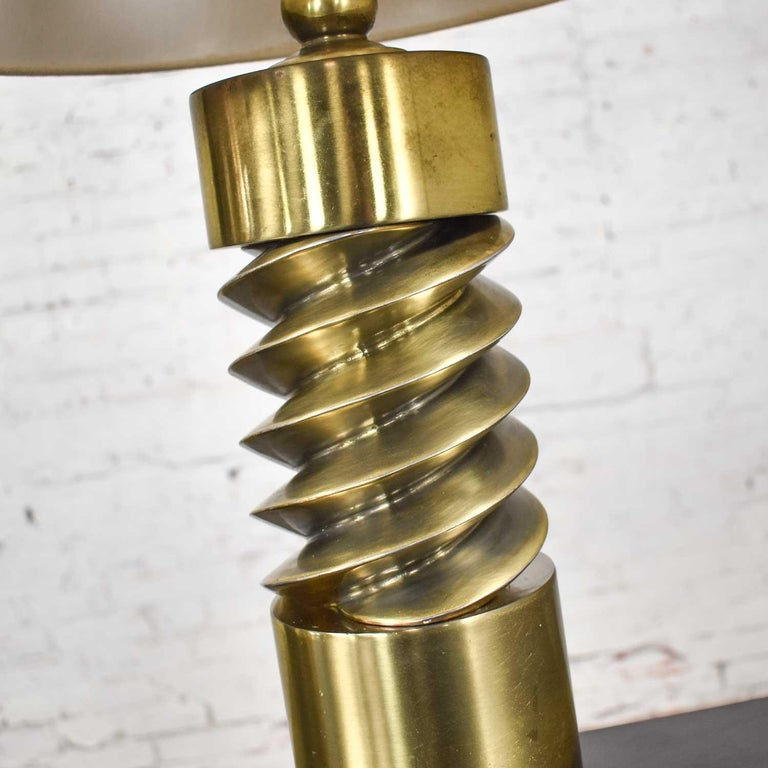 Vintage Mid-Century Modern Brass Plated Corkscrew Table Lamps New Shades a Pair For Sale 6