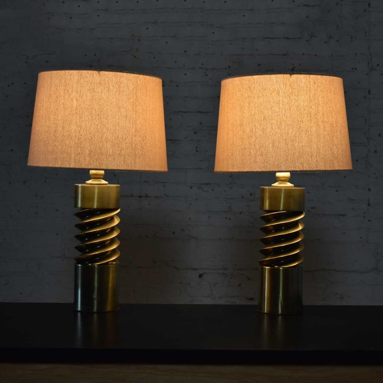 Vintage Mid-Century Modern Brass Plated Corkscrew Table Lamps New Shades a Pair In Good Condition For Sale In Topeka, KS
