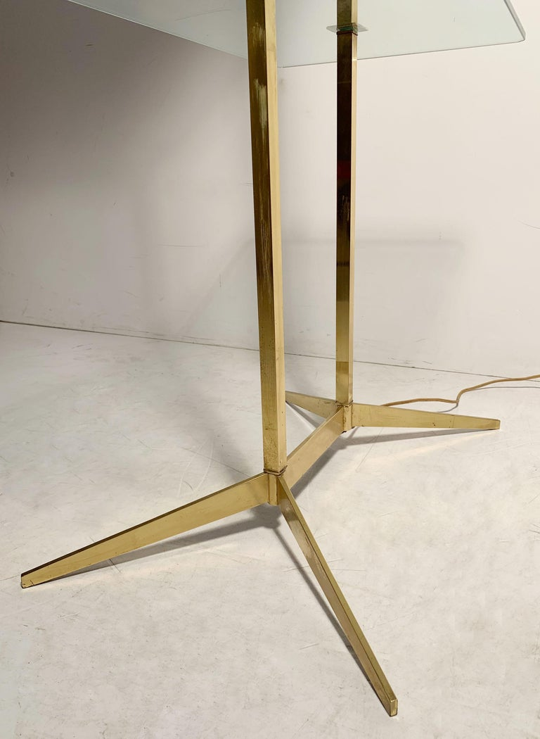 Vintage Mid-Century Modern Brass Table Floor Lamp attributed to Stiffel For Sale 2