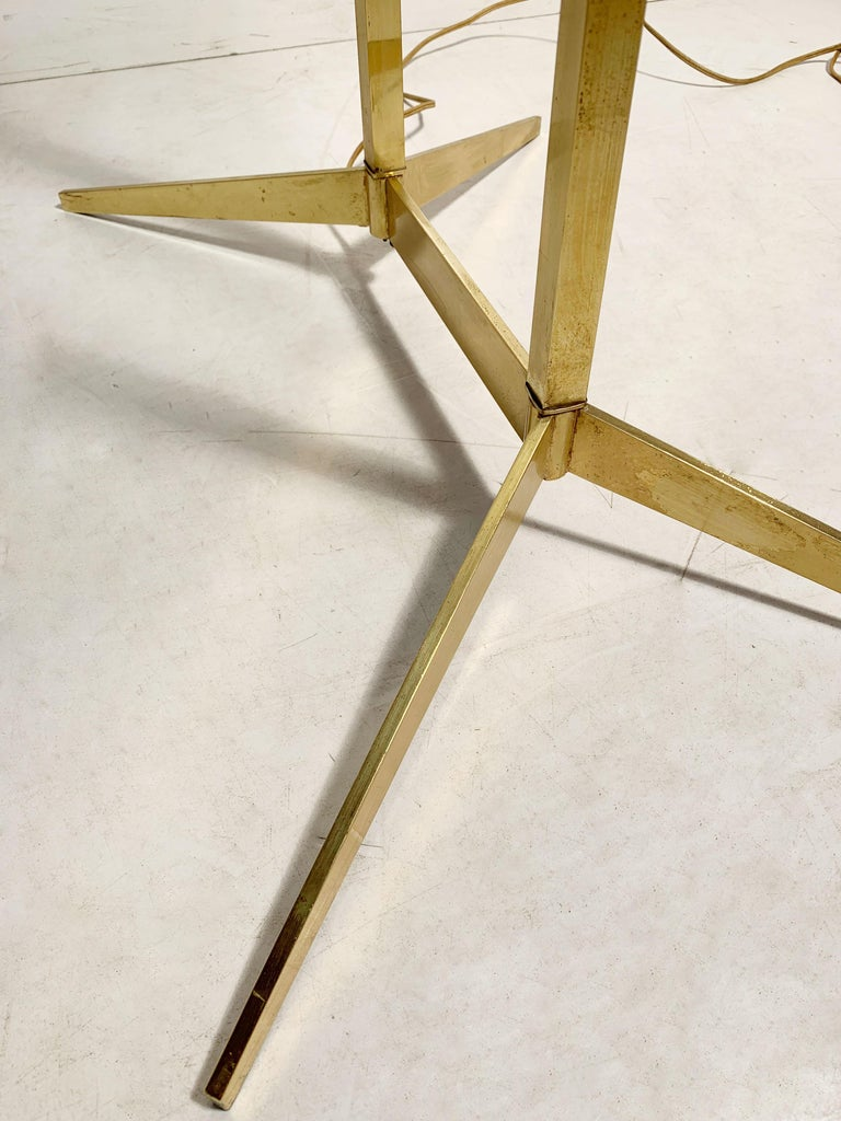 Vintage Mid-Century Modern Brass Table Floor Lamp attributed to Stiffel For Sale 3