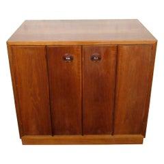 Vintage Mid-Century Modern Cabinet