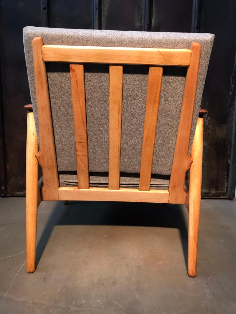 Mid-20th Century Vintage Mid-Century Modern Danish Easy Lounge Chair in Beechwood For Sale