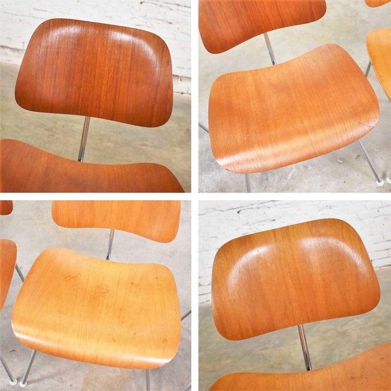 Vintage Mid-Century Modern Eames DCM Dining Chairs for Herman Miller Set of 4 For Sale 11