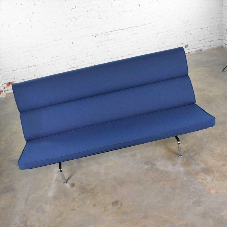Vintage Mid-Century Modern Eames Sofa Compact in Blue by Herman Miller 1
